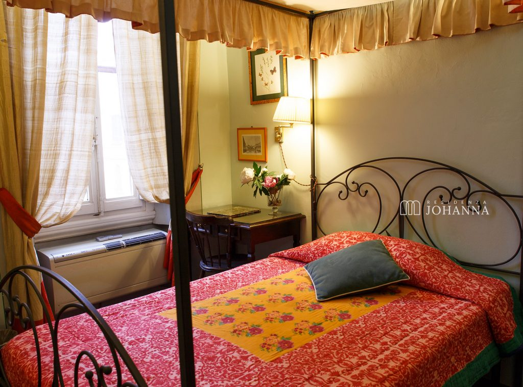 Antica-Dimora-Johanna-Firenze-Deluxe-Single-Room